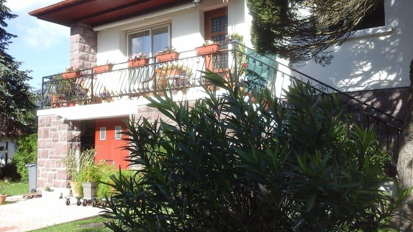 Appartement au Rez de chaussée de notre Maison