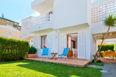 Apartment GAVINES for 4 people in Playa Muro