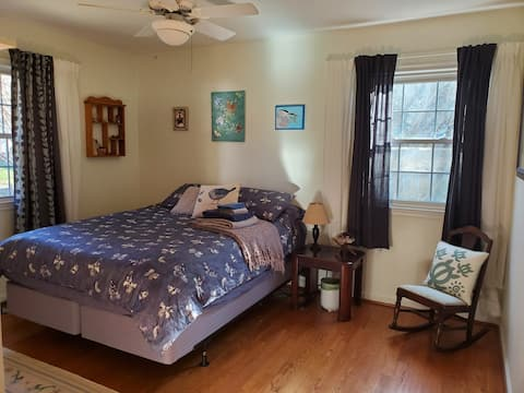 Room on the Occoquan River