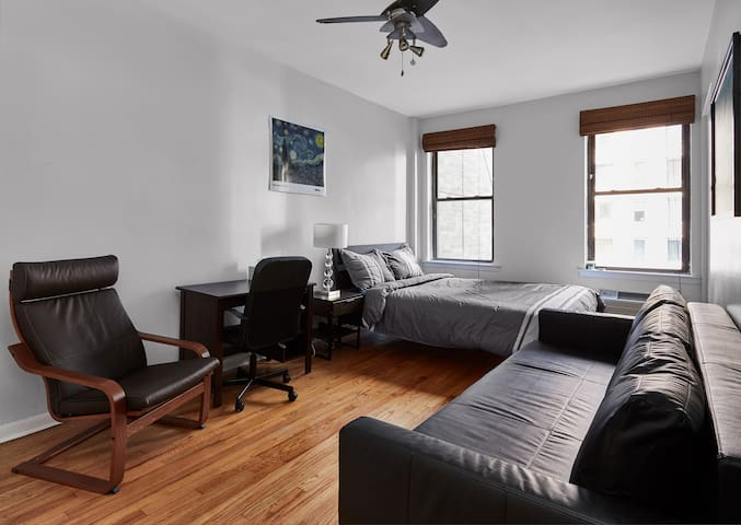 ✨Spacious bedroom│walkable to UN, Empire State✨
