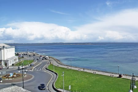 3 Bedroom Apartment in Salthill - Salthill