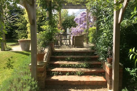Luxury house and large garden 40 mins from London - Taplow - 단독주택