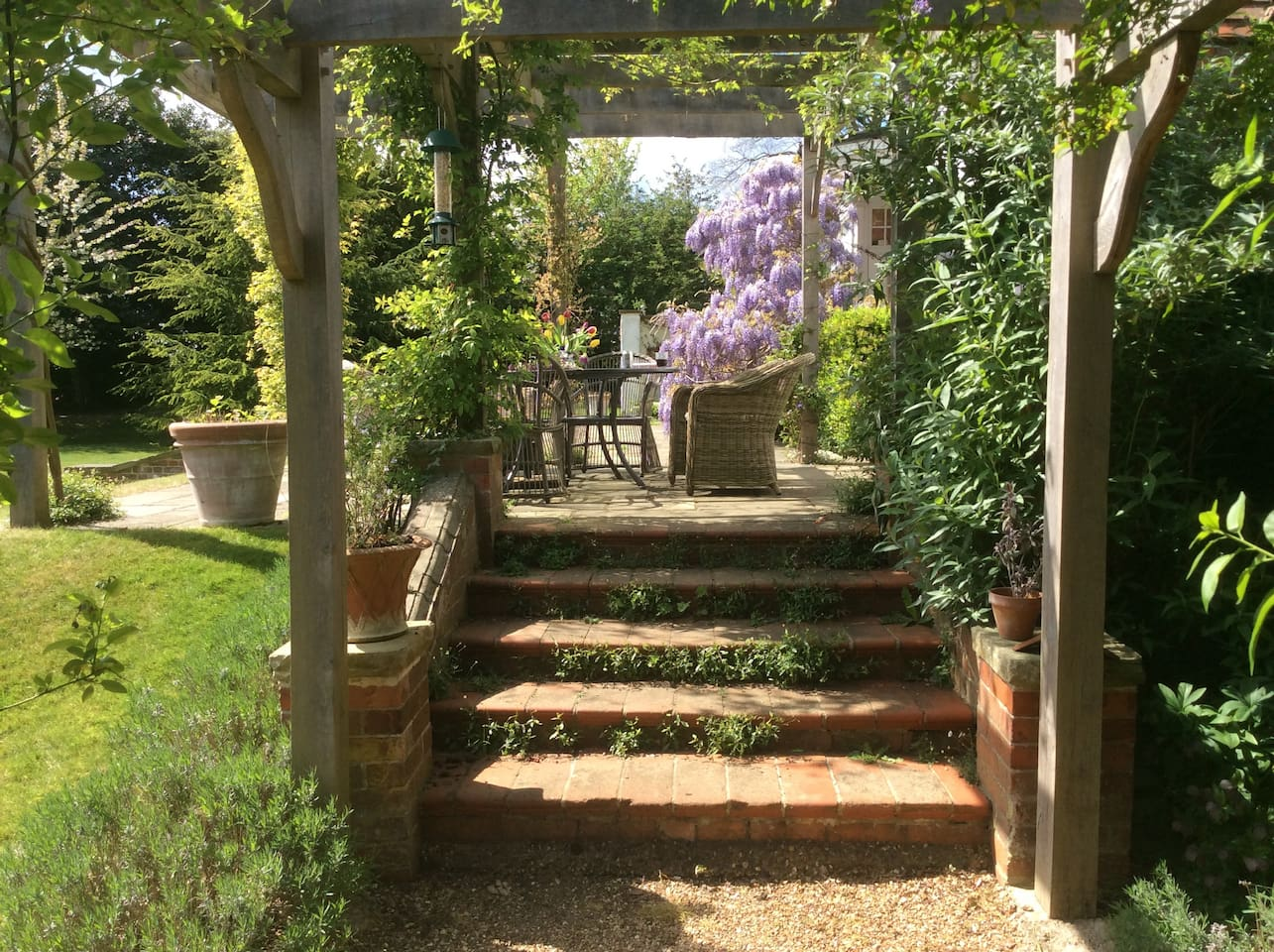 Luxury house and large garden 40 mins from London - Houses for Rent ...