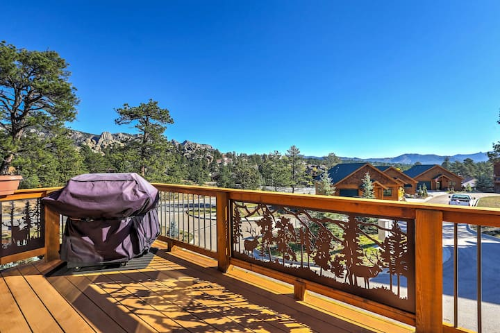 Estes Park Home w/ Deck & Grill - Steps from DT!