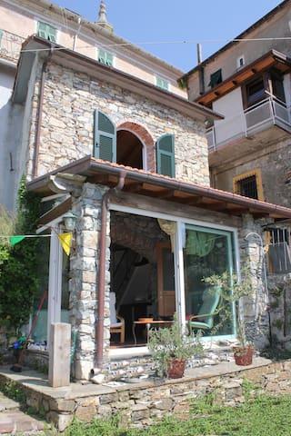 Casa vacanze rustico - Velva - House