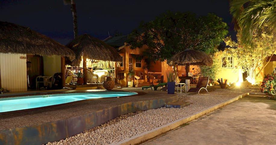 Punta Salina: Mango Guest House - Noord - Villa