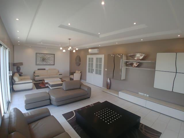 Villa de luxe à Saly