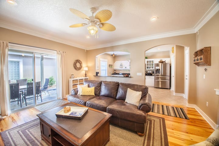 Relax in a 5-Star Gated Community at the Beach! - Destin - Huis