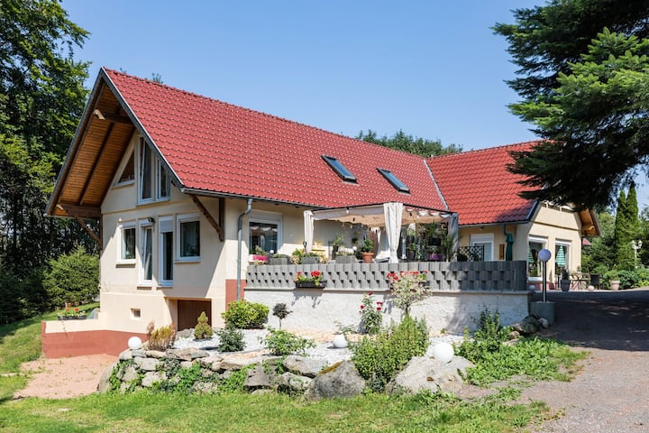 Mountain-view Apartment in Kurort Brotterode with Garden