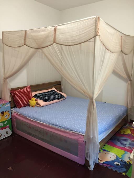 床围可以打上了,给带孩子的家庭使用
