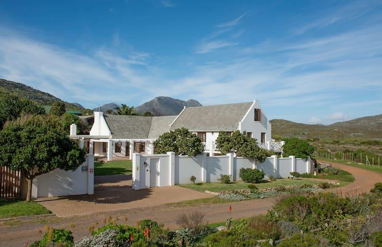 Scarborough House, Nature Reserve and Sea Views - Kapstaden - Hus