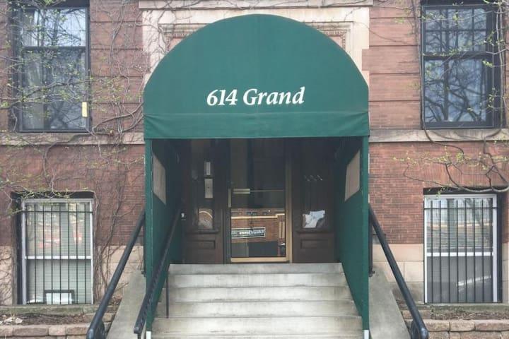 Condo on Historic Grand Avenue in St. Paul, MN