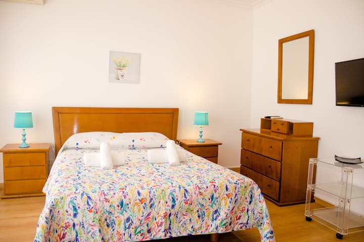 Romya Room! Exclusivity & Comfort at Olhão