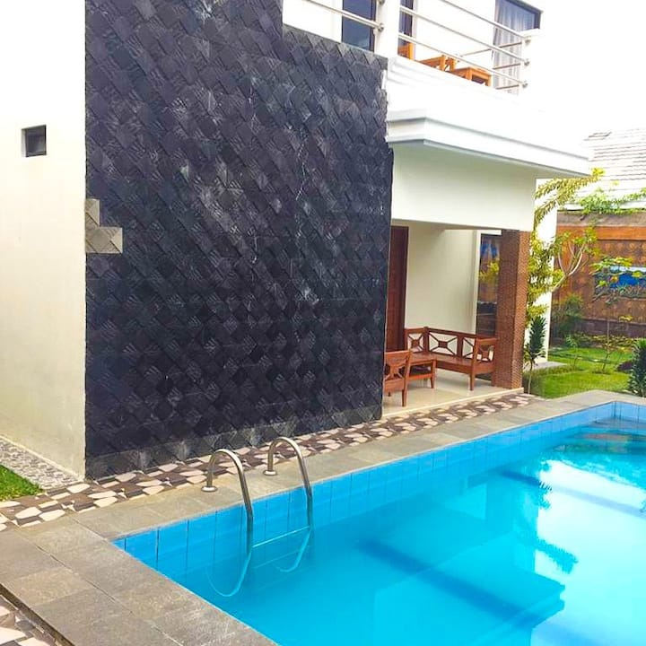 Comfy & Breeze Villa for Family, Cisarua, Puncak
