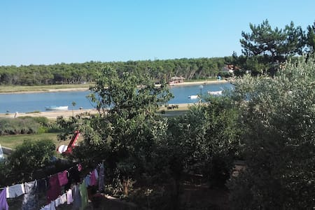 Apartment by the beach,with see view for 5 - Apartemen