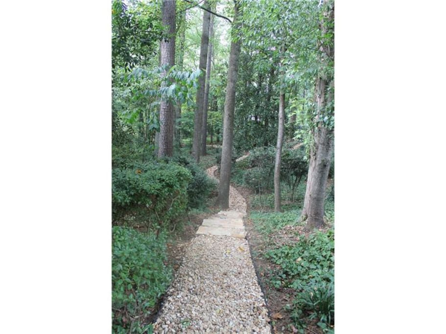Take a walk in the front garden down a gravel path !