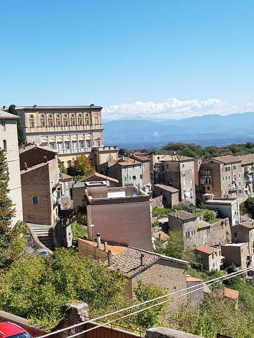 vista panoramica sul palazzo Farnese