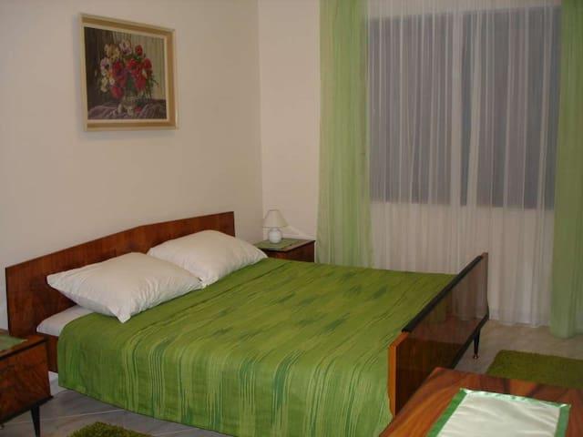Laurita apartment for 4 in Matulji