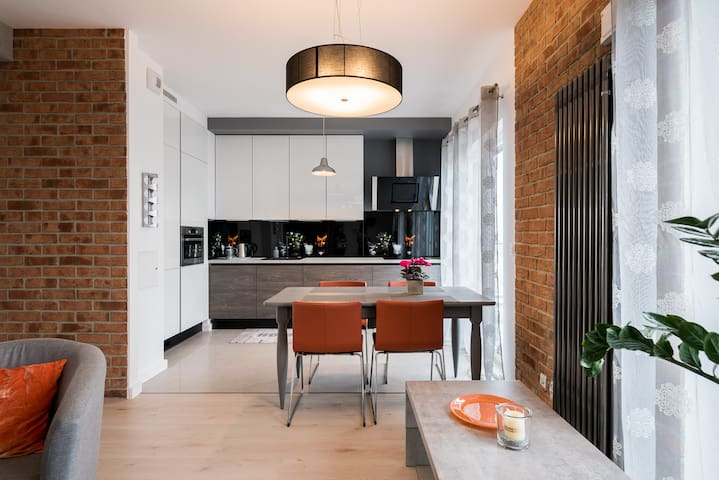 Bright apartment for 4 people with two terraces !