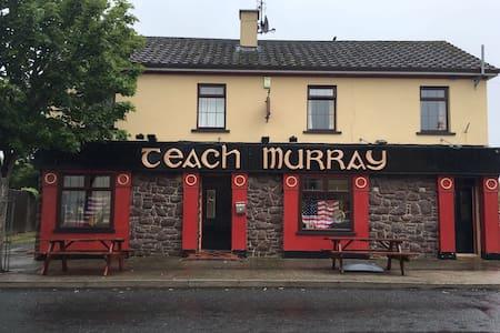 Irish Country pub - Ballymote