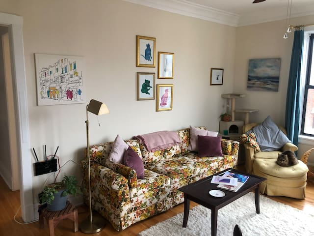 Bright Room 3 min fr train- Lovely Lincoln Square