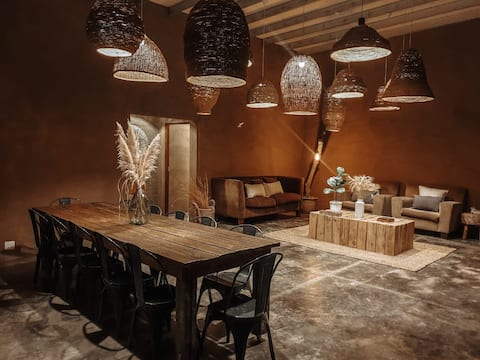 Karoo Mountain Lodge on a working farm -Bush Suite