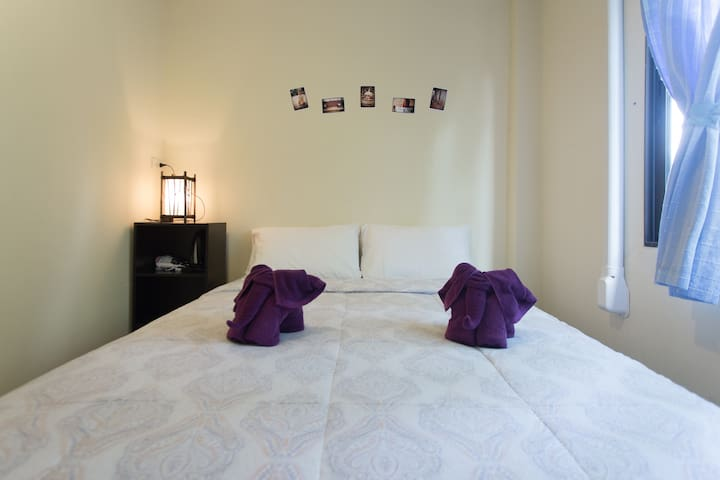 Private room 4C w/air-con,tv - Chiang Mai - Bed & Breakfast