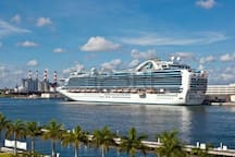 Only 14 min. 4.4 miles  Stay a few night before your CRUISE or stay a weak after & relax at the Beach FEEL AT HOME RELAX