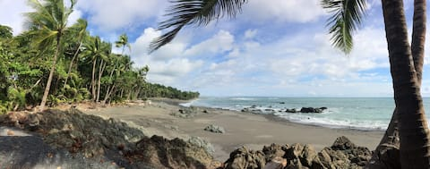 Luna Marea- Beach front Villas- Tortuga Studio