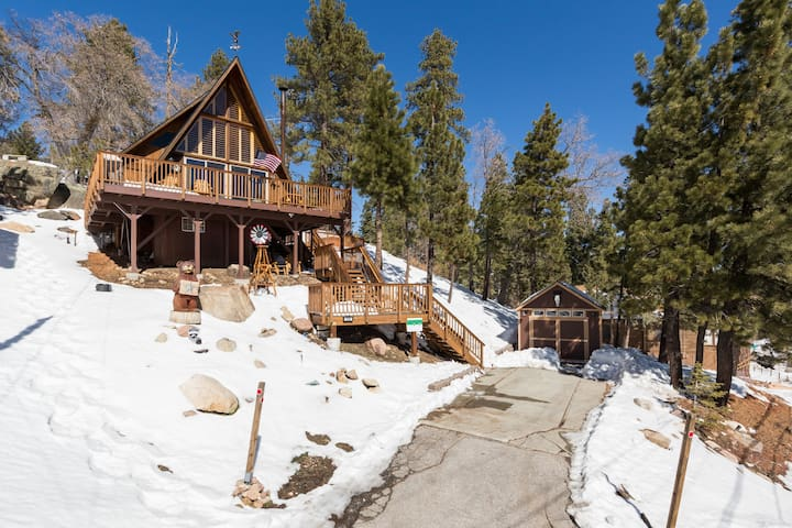 Star by Bear - Excellent Scenic Views - Hot Tub