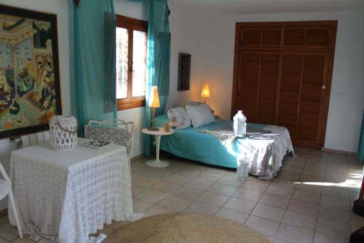 Quaint Apartment in Great Location - ibiza - Apartamento