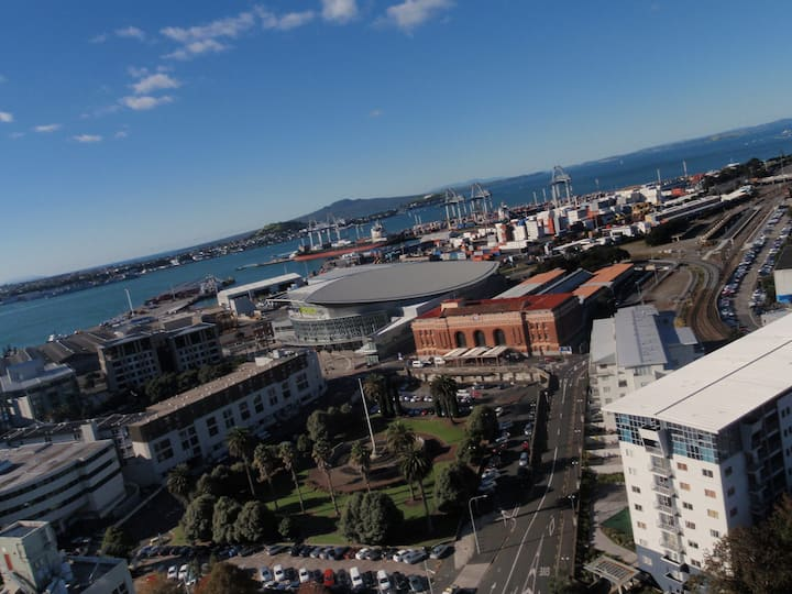 Auckland City Apt, WiFi & Carpark