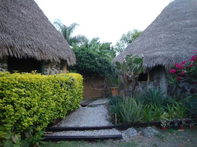 APAPACHOCALLI Casa del apapacho del alma - Tetecalita - Srub