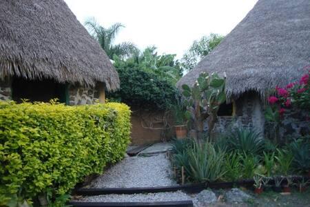 APAPACHOCALLI Casa del apapacho del alma - Tetecalita - กระท่อม