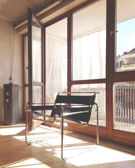 Wohn- und Essbereich - Balkon