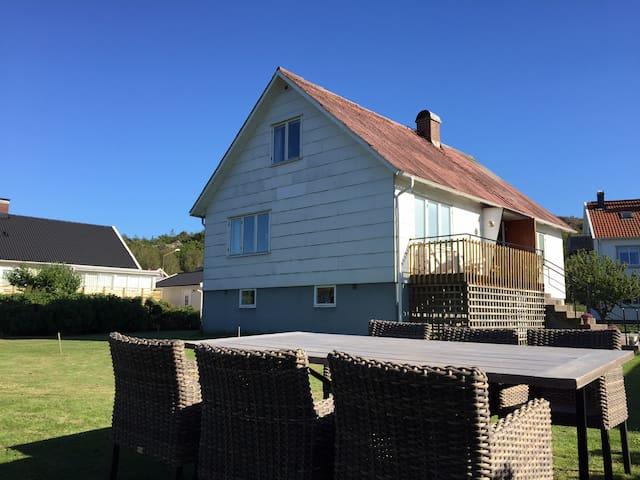Nice house in Skärhamn - Skärhamn - Hus