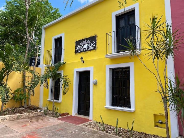 Habitación 3// Hotel Los Candiles Valladolid