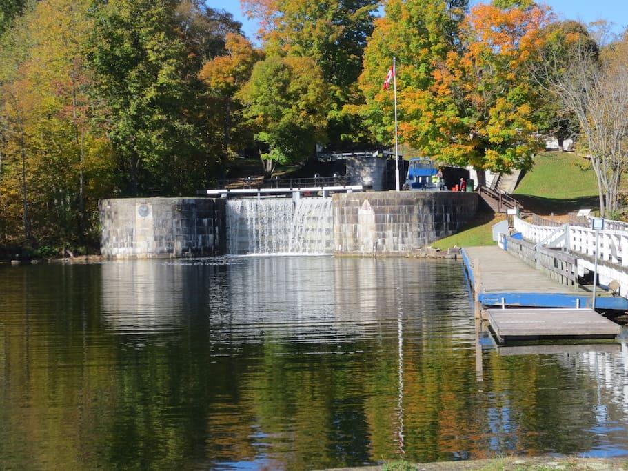 Nearby Jones Falls lock