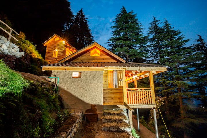 Mid Conifer Log Huts, Karlenu, Dalhousie