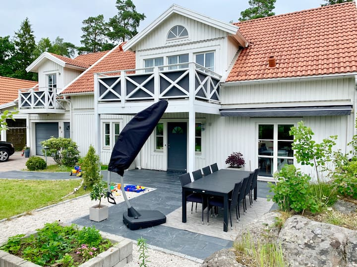 Large villa very near Gothenburg city!