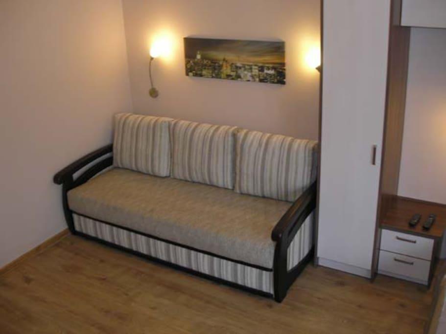 двуспальный раскладной диван
