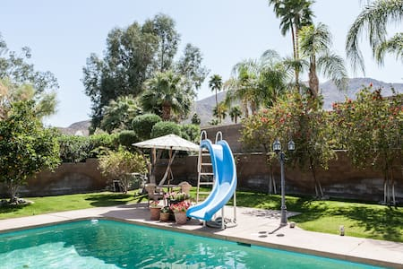 Sunny Spacious - pool + patio view! - Rancho Mirage - Hus
