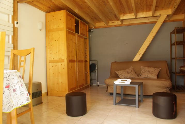 "Cottage, near ""Chevreuse Valley"" - Le Mesnil-Saint-Denis - Casa"