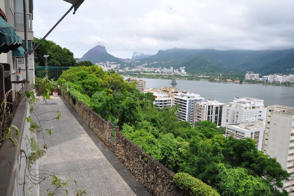 Horizontal Condo with view of Lagoa and Corcovado