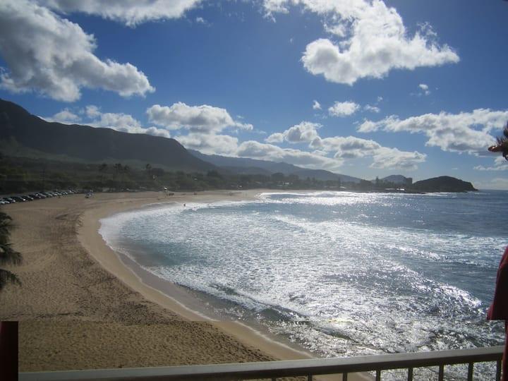 Ocean Front row view at Makaha Shores