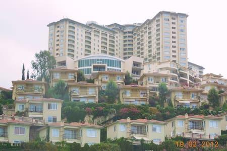 Villa in Kargicak, Alanya, Mediterr - Apartment