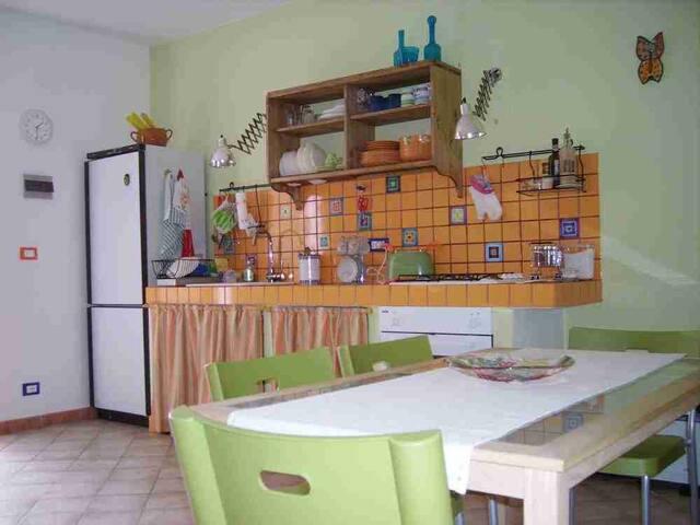 Appartamento a Sassetta - Sassetta (LI) - Leilighet