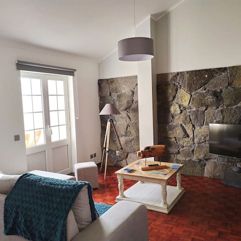 Margarida House - Stone Apartment