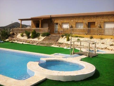 Villa mit 5 Schlafzimmern in Bédar mit herrlichem Meerblick, privatem Pool, eingezäuntem Garten - 18 km vom Strand entfernt