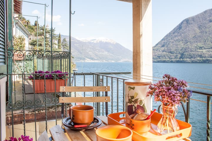 House over the lake of your Heart.. - Brienno - Appartement